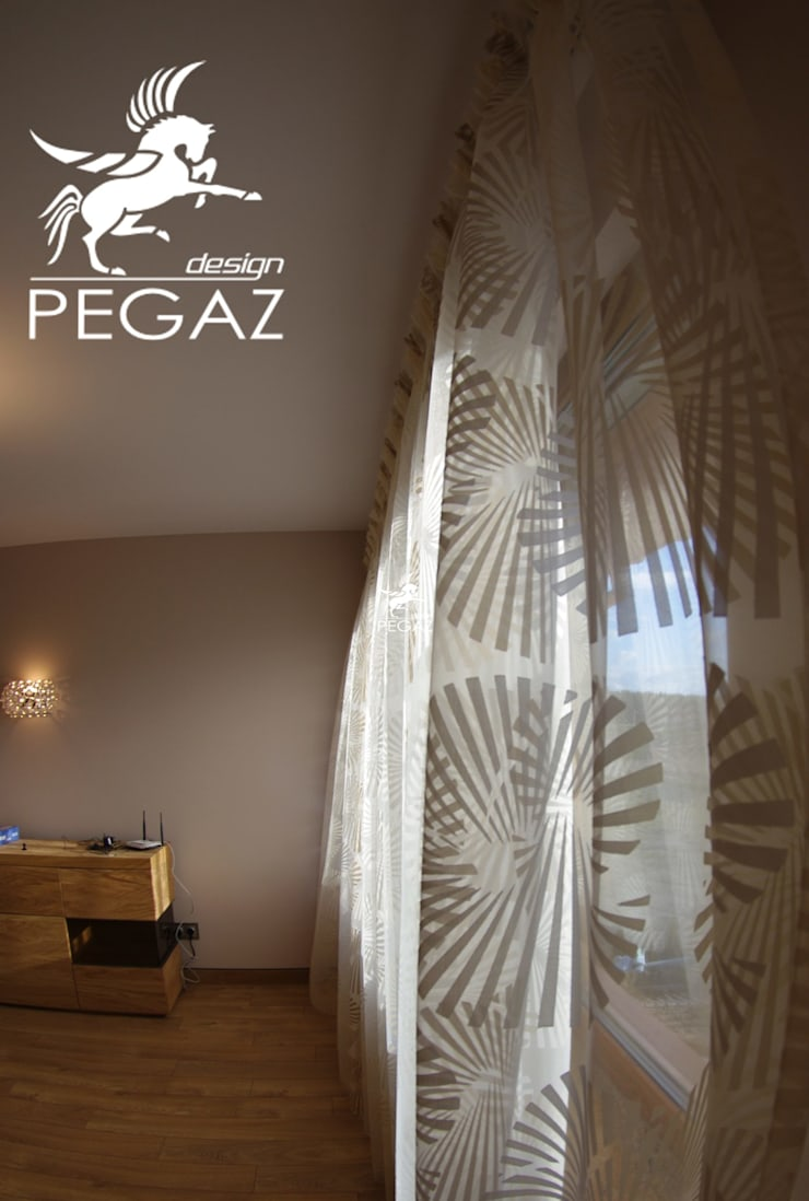 Dom kobiecy: styl , w kategorii Ściany zaprojektowany przez Pegaz Design
