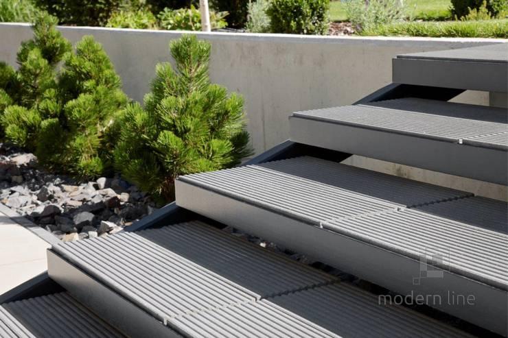 Nowoczesne nawierzchnie tarasowe – ogród i taras: styl , w kategorii Ogród zaprojektowany przez Modern Line