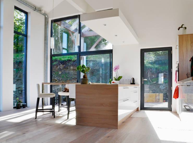 ห้องครัว by Bertin Bichet
