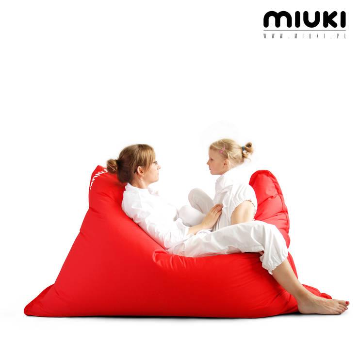LULA BASIC: styl , w kategorii  zaprojektowany przez MIUKI,Nowoczesny