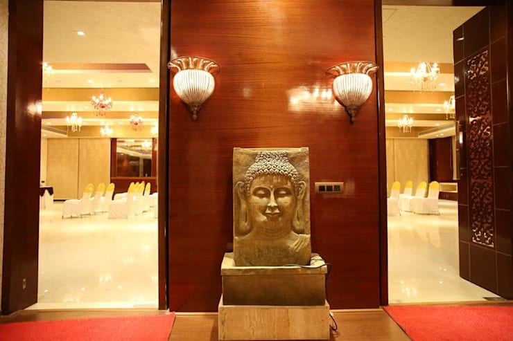 Banquet hall:  Commercial Spaces by Ishita Joshi Designs - Love Living!