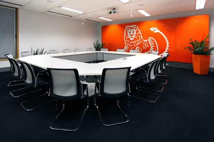 ING: styl , w kategorii Przestrzenie biurowe i magazynowe zaprojektowany przez INSPACE,Nowoczesny
