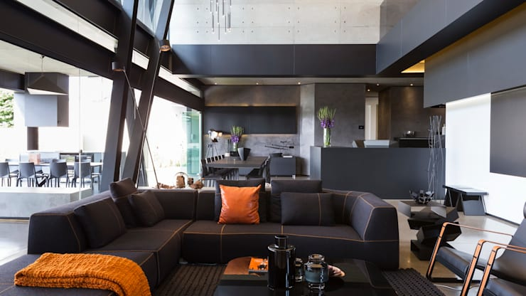 House in Kloof Road :  Living room by Nico Van Der Meulen Architects