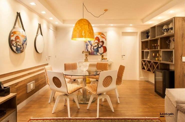 Apartamento: Salas de estar  por Artenova Interiores