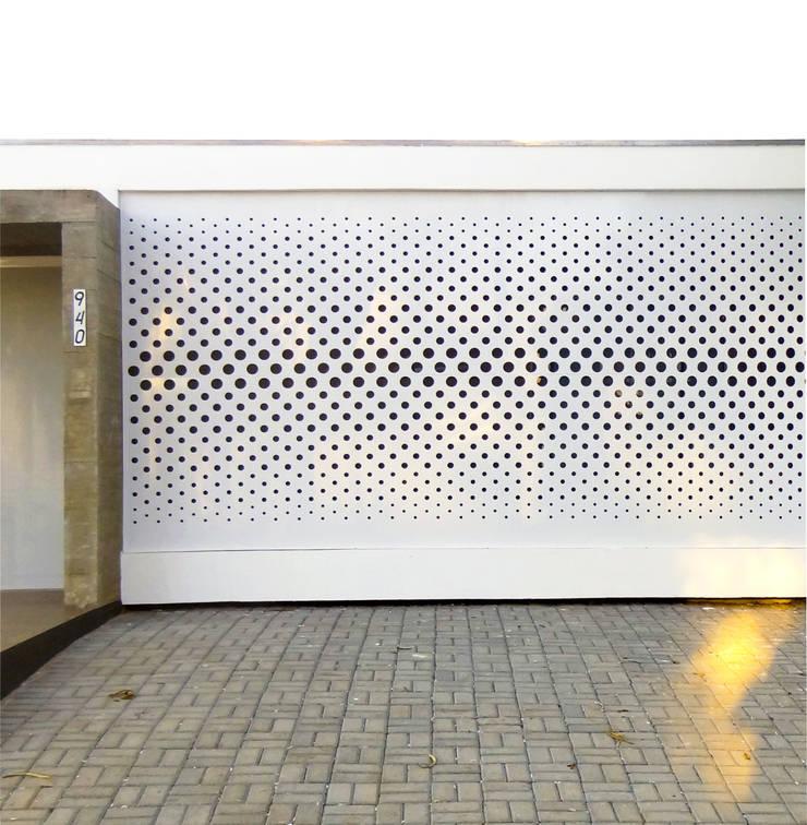 Modern clinics by Quattro+ Arquitetura Modern