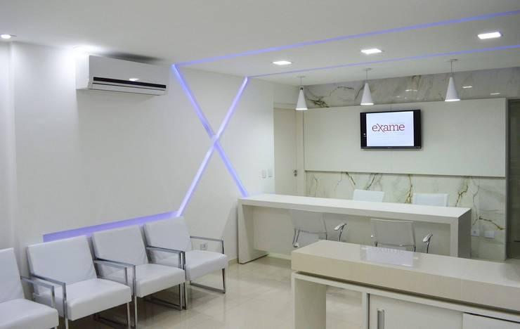 Laboratório Exame: Clínicas  por Quattro+ Arquitetura