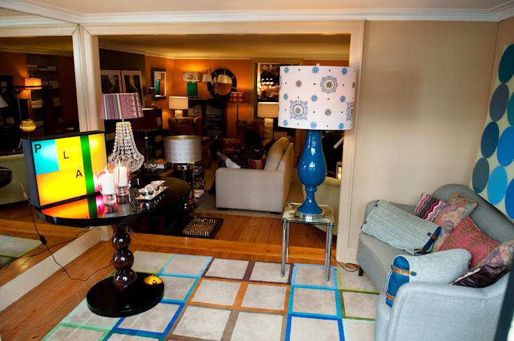 Loja atelier Luisa Pinho: Salas de estar  por Luisa Pinho Arte e Decoração