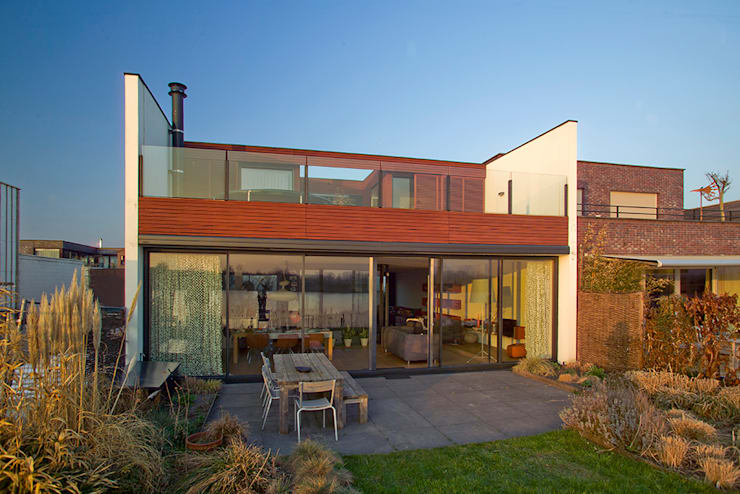 Houses by KENK architecten,