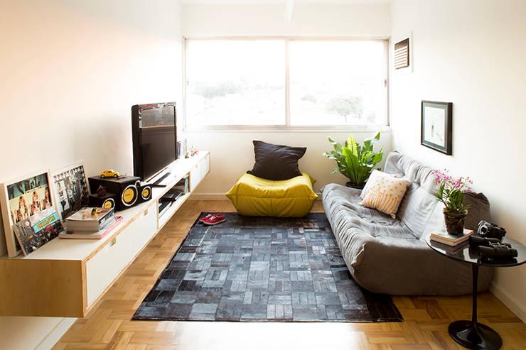 Projeto Apartamento Ipiranga: Salas de estar  por Estudio MB