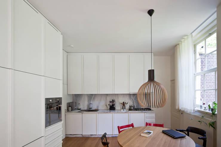 Cocinas de estilo  de SAMF Arquitectos