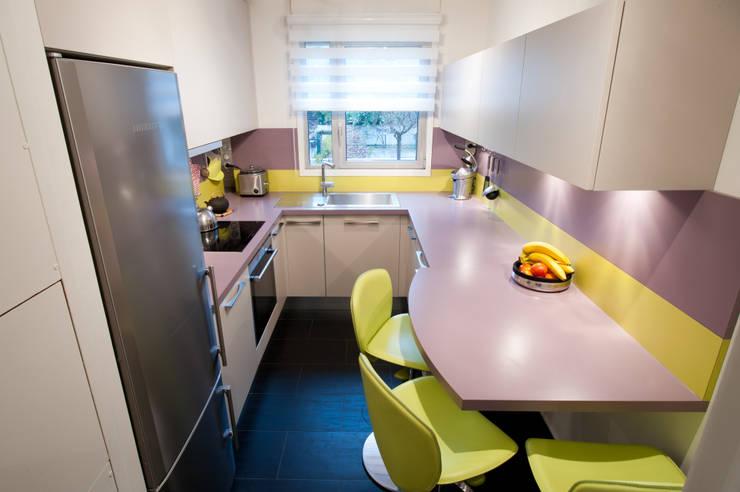 Кухня в . Автор – LA CUISINE DANS LE BAIN SK CONCEPT