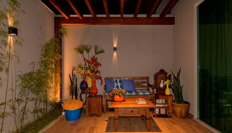 Projeto 2: Jardins modernos por Cristiane Fernandes Designer de Interiores