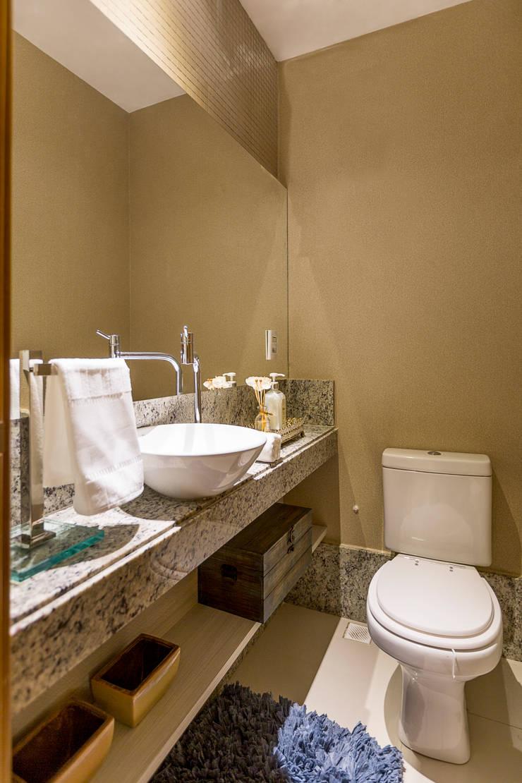 Projeto 2: Banheiros  por Cristiane Fernandes Designer de Interiores,