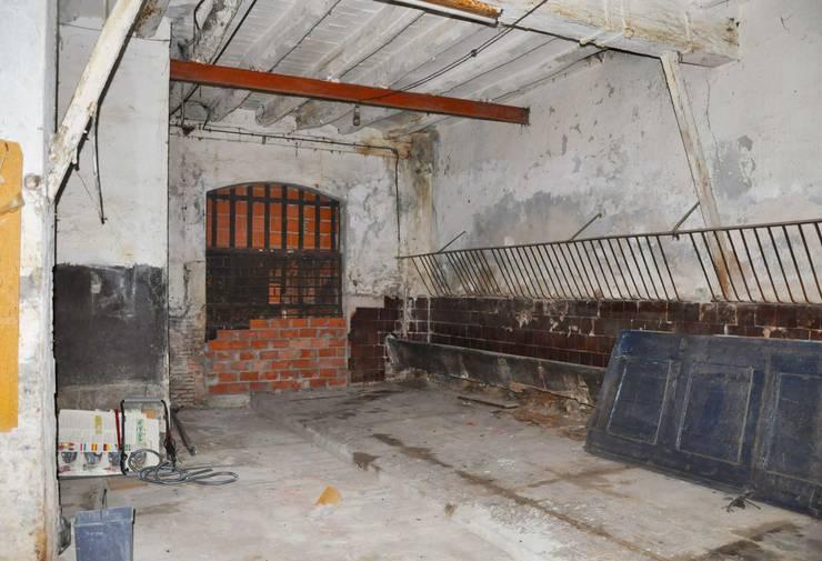 modern Garage/shed by lluiscorbellajordi