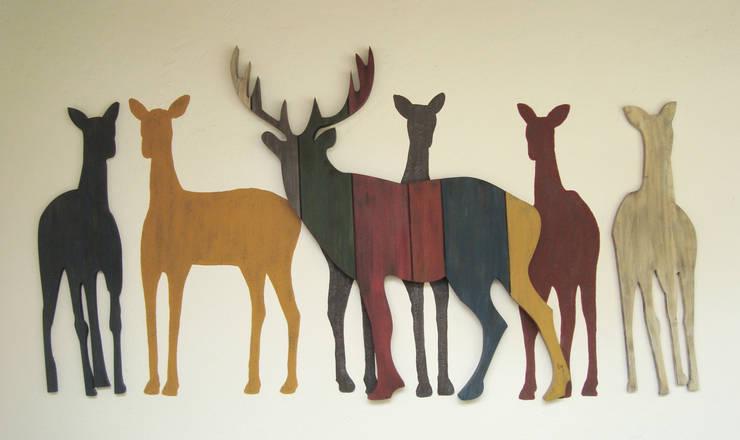 Venados Multicolor: Arte de estilo  por LM decoración