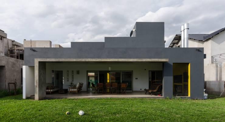 Casa Los Tipales  L78: Casas de estilo  por M2a Arquitectura