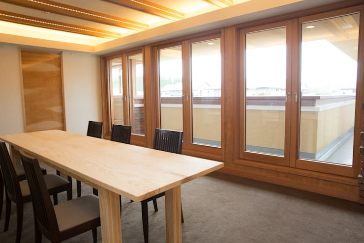 หน้าต่าง โดย 株式会社山崎屋木工製作所 Curationer事業部, โมเดิร์น