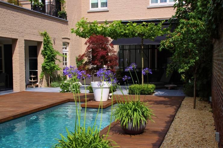 Een zwembad aanleggen wat kost het eigenlijk for Wat kost een zwemvijver aanleggen