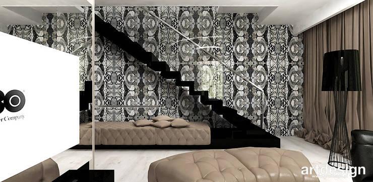 schody dywanowe w dwupoziomowym apartamencie: styl , w kategorii Salon zaprojektowany przez ARTDESIGN architektura wnętrz,Nowoczesny