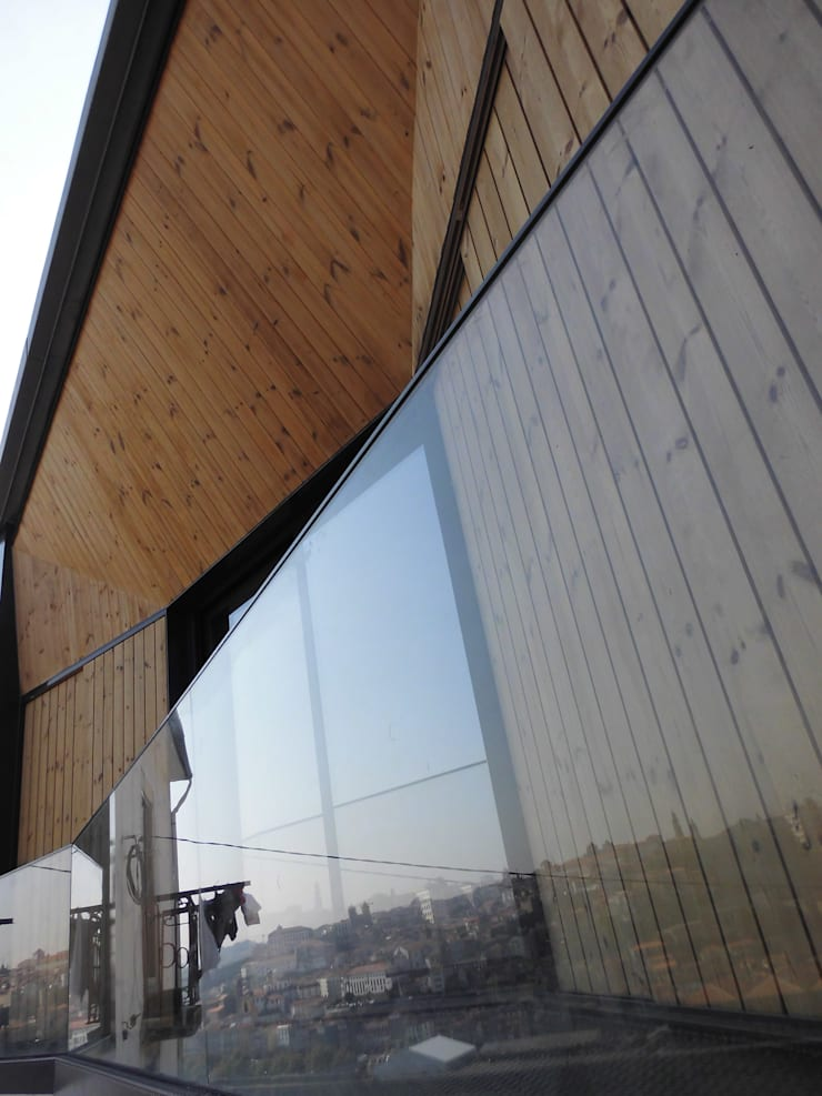House in Castle Street | Vila Nova de Gaia | Portugal: Terraços  por Bastos & Cabral - Arquitectos, Lda. | 2B&C