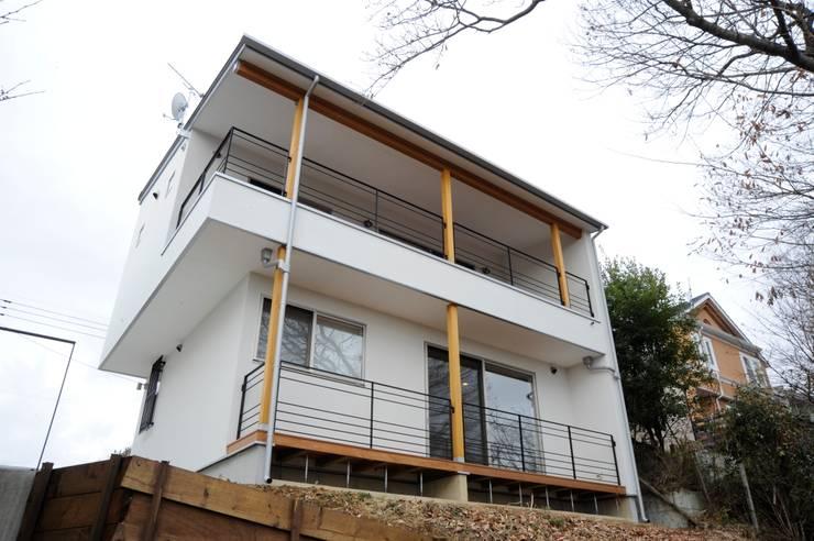 منازل تنفيذ アトリエdoor一級建築士事務所