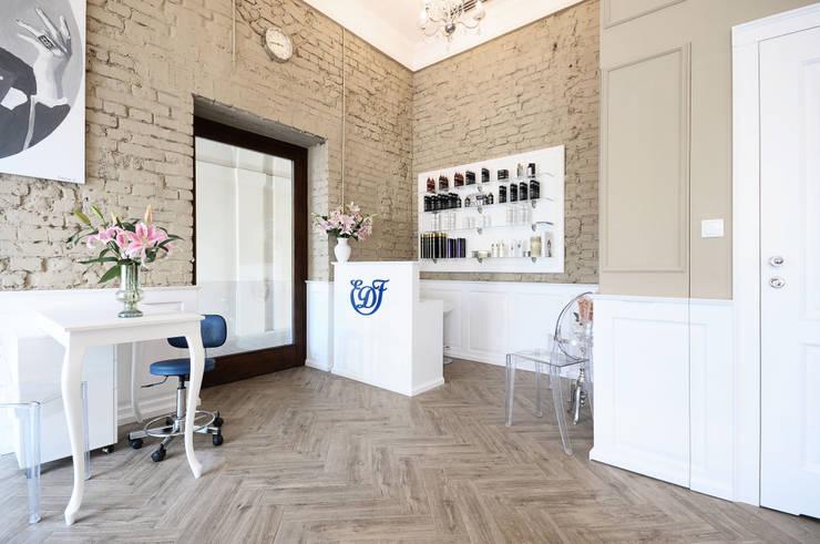 Atelier Fryzjerskie EDF: styl , w kategorii Salon zaprojektowany przez MiluMila