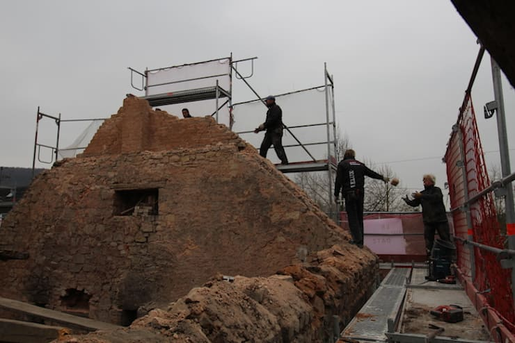 Rückbau oberer Giebel:  Terrasse von erdudatz