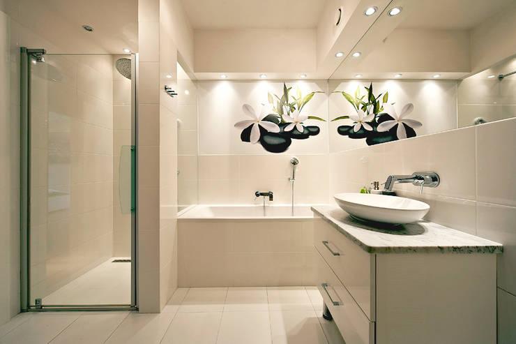 BIAŁE WNĘTRZE: styl , w kategorii Łazienka zaprojektowany przez IDAFO projektowanie wnętrz i wykończenie