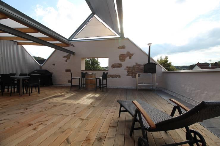 Oase:  Terrasse von erdudatz