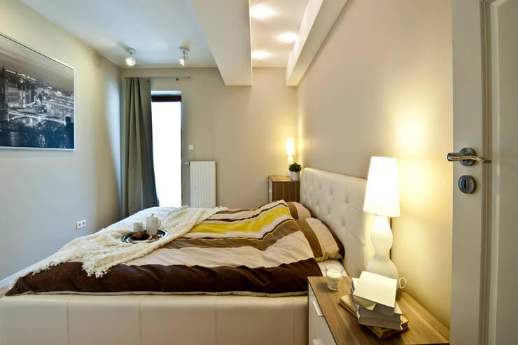 BIAŁE WNĘTRZE: styl , w kategorii Sypialnia zaprojektowany przez IDAFO projektowanie wnętrz i wykończenie