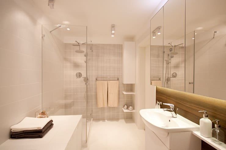 PRZESTRONNY APARTAMENT: styl , w kategorii Łazienka zaprojektowany przez IDAFO projektowanie wnętrz i wykończenie,