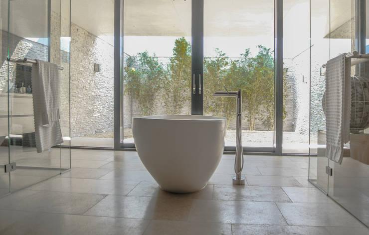 Badezimmer von Waterstudio.NL