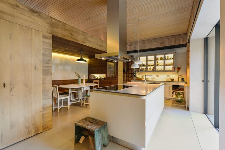 Cucina in stile  di Ricardo Moreno Arquitectos