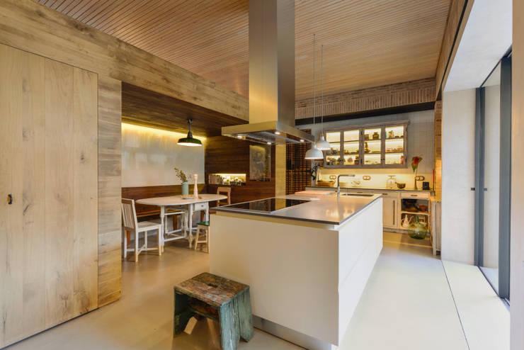 Cocinas de estilo  de Ricardo Moreno Arquitectos
