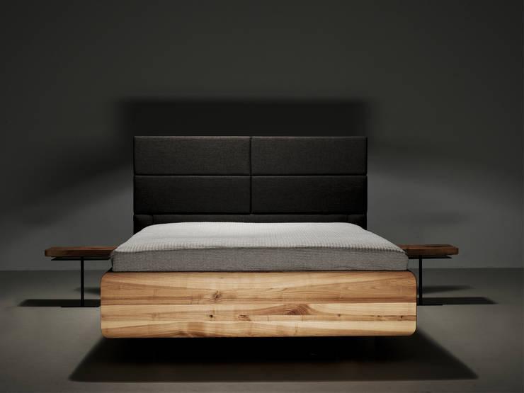 MAZZIVO bed BOXSPRING: styl , w kategorii Sypialnia zaprojektowany przez mazzivo konzept + gestaltung przemysław mitręga