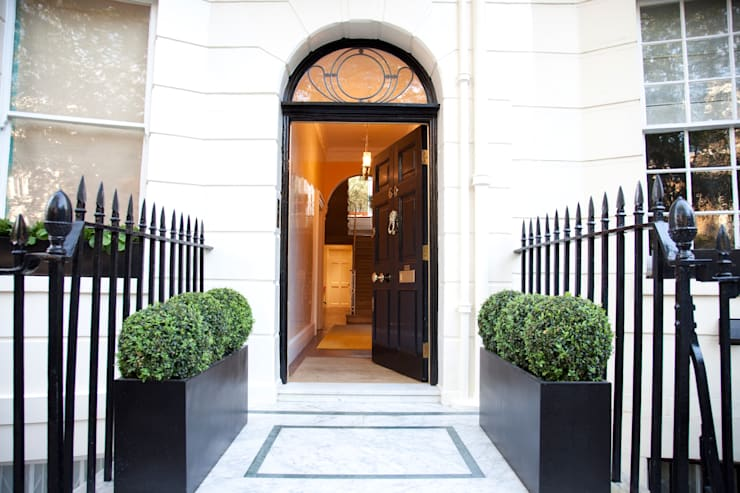 Montagu Square: classic Houses by Rebecca James Studio
