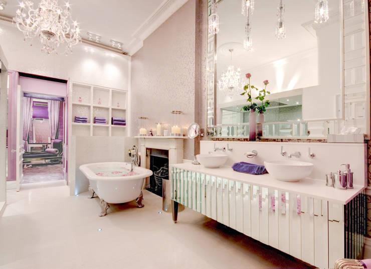 Rebecca James Studio: klasik tarz tarz Banyo