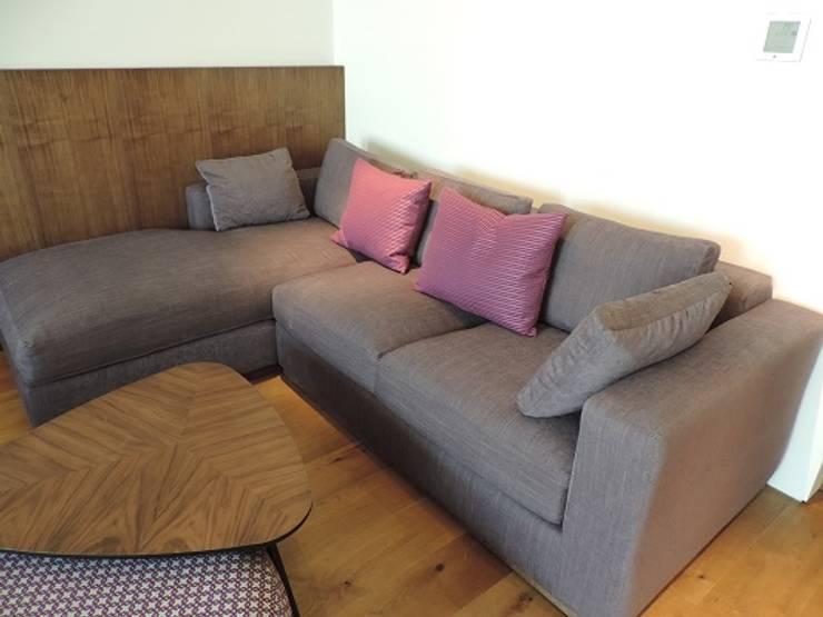 Polanco 2: Salas de estilo  por Spazio Interior