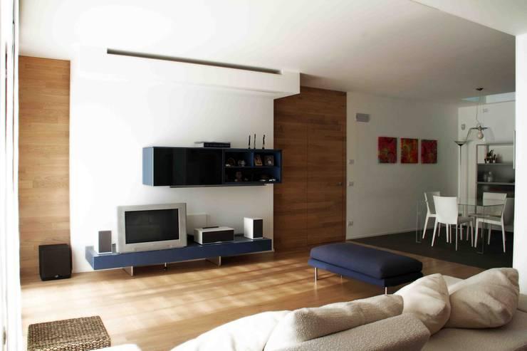 Livings de estilo  por Federico Pisani Architetto