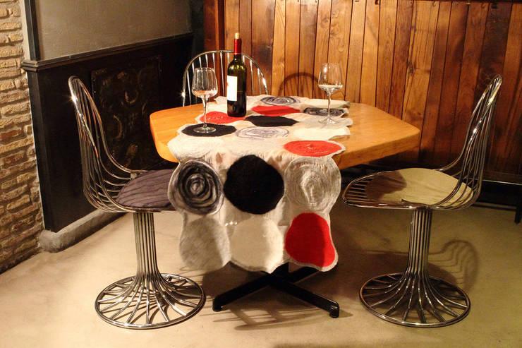Runner da tavola: Casa in stile  di Elena Kihlman