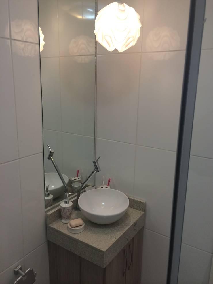 Bathroom by Débora Campos Arquiteta, Modern