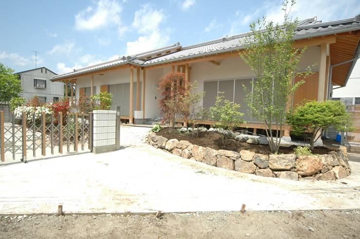 外観_1: 合同会社 栗原弘建築設計事務所が手掛けた家です。,