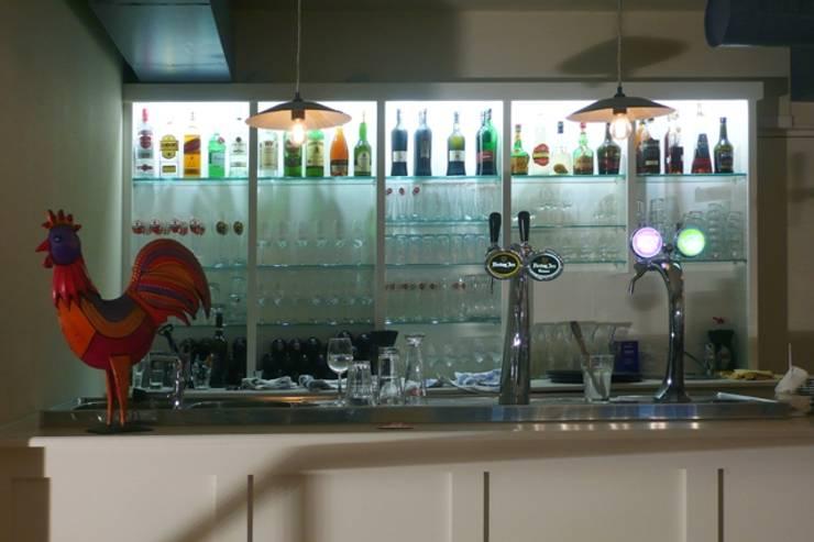 restaurant Azul (Holanda): Espaços de restauração  por Visual Stimuli
