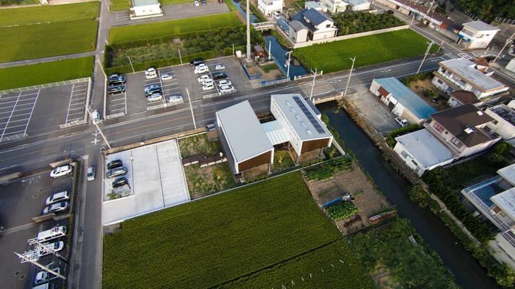 上空写真: フィールド建築設計舎が手掛けた家です。