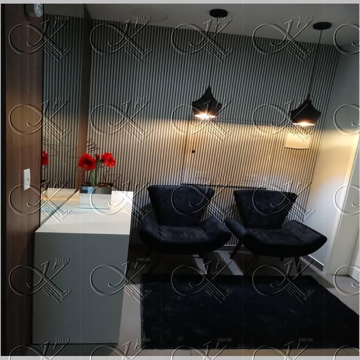 DEPOIS -  HALL DE ENTRADA: Corredores e halls de entrada  por studio jk design