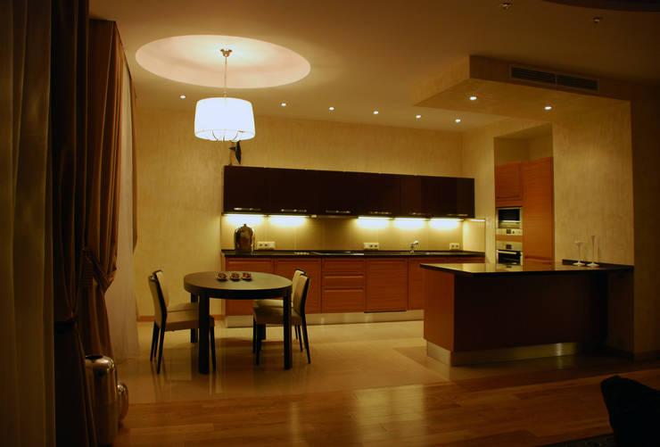 Квартира на Ружейном: Кухни в . Автор – Дизайн-студия «ARTof3L»