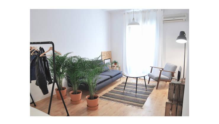 BS6: Comedores de estilo escandinavo de SUIN design studio