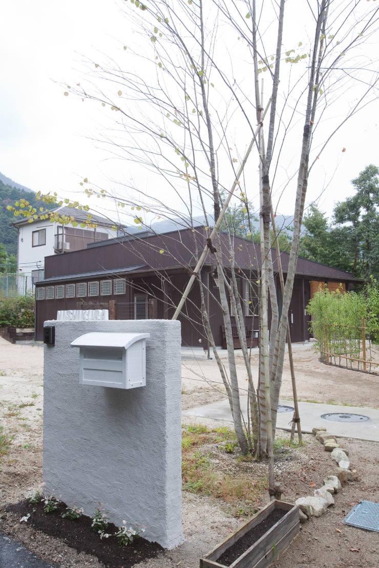 北小松の家: 株式会社 atelier waonが手掛けた家です。,モダン