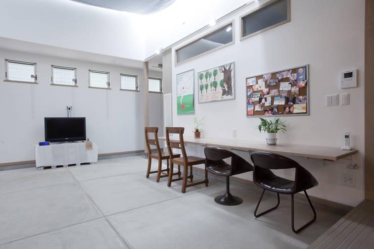 北小松の家: 株式会社 atelier waonが手掛けた和室です。,モダン