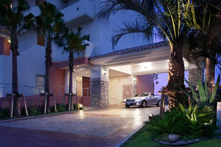 アプローチ空間: PROSPERDESIGN ARCHITECT OFFICE/プロスパーデザインが手掛けた廊下 & 玄関です。